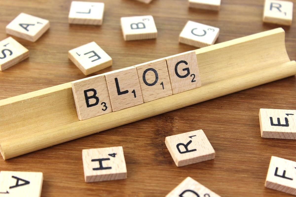 BEST WAY TO START A BLOG IN 2021- SUPER Easy Guides for Beginners