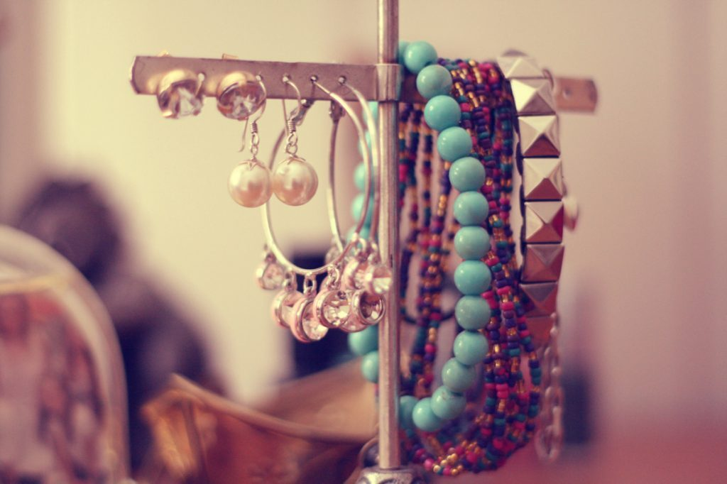 Few Tips on tips for Choose Fashion Accessories for Women
